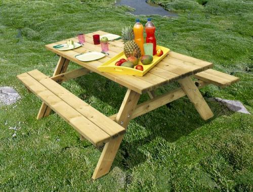 Table Pic-Nic en bois avec plateau de 190 x 70cm - 6/8 places