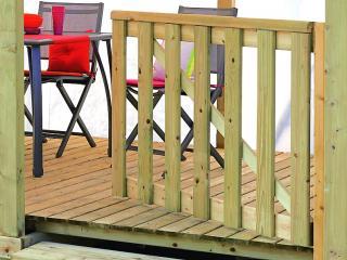 Portillon en bois pour terrasse de mobil home, un battant